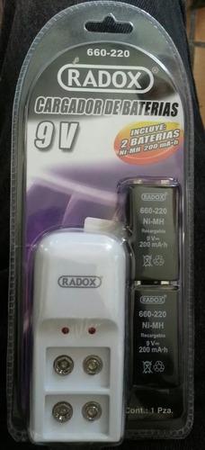 cargador con 2 baterias pilas 9v cuadradas, recargables