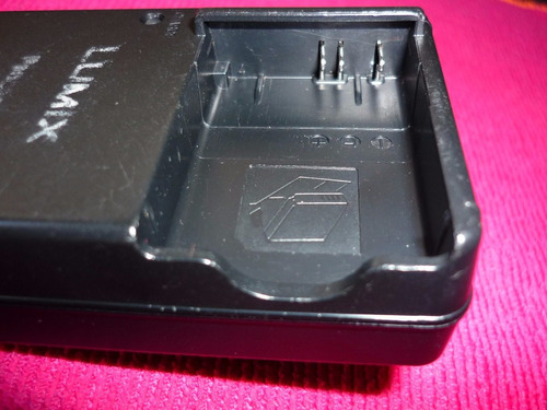 cargador de batería lumix de-a65b original panasonic usado