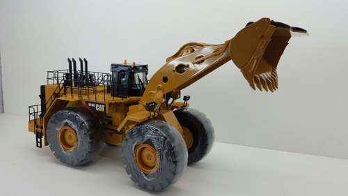 cargador frontal caterpillar 994h escala 1:50 metalico