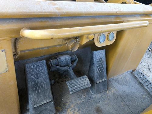 cargador frontal sobre cadenas  marca caterpillar modelo 973