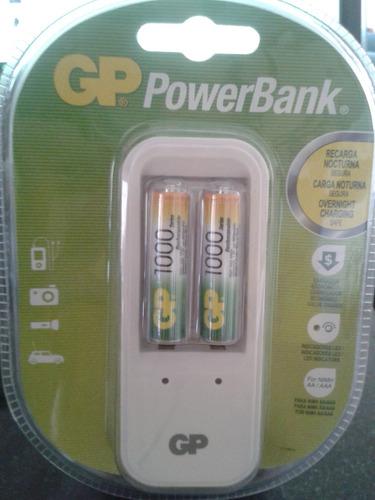 cargador gp con dos pilas recargables aaa de 1000 mah. nuevo
