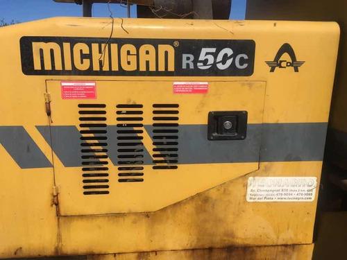 cargadora michigan 50c