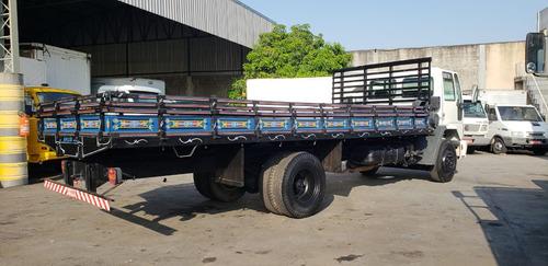cargo 1317 06 carroceria