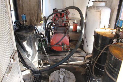 cargo 1317 comboio lubrificação = diesel óleo água gasolina