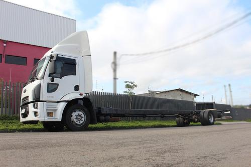 cargo 1319 2015 toco 4x2 chassi longo