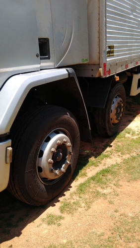 cargo 2422 2007   bitruck bau de 11 mts