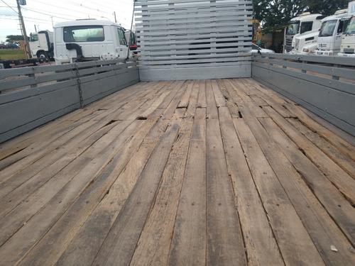 cargo 816/12/13  prata com carroceria de madeira
