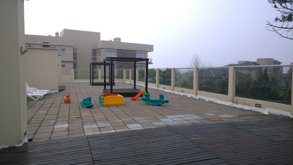carilo único complejo terrazas cerca del mar con cochera a