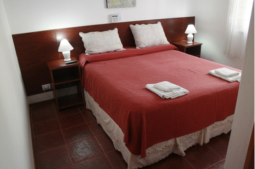 carlos paz centro nuevo. hostería serrana hotel alojamiento