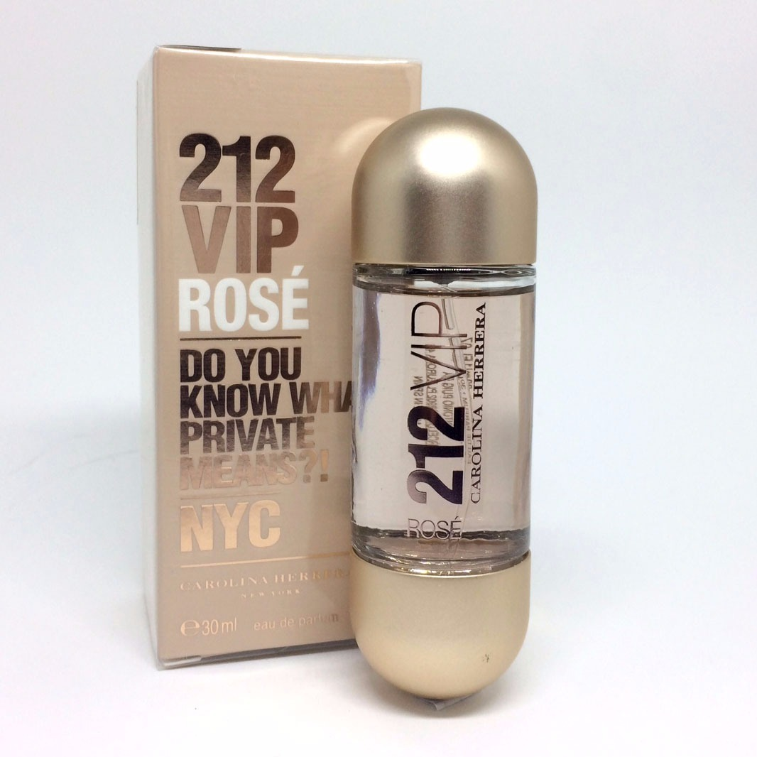 4e85d62afe76a carolina herrera 212 vip rosé eau de parfum 30ml   feminino. Carregando  zoom.