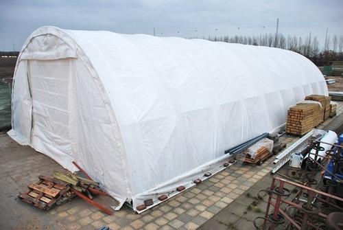 carpa o bodega de lona con tubos de acero de 65x30x15 ft.
