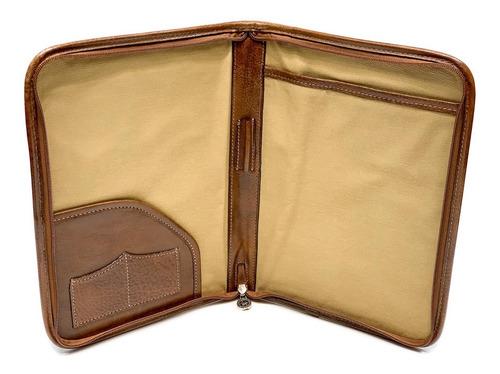 carpeta de cuero con cierre tamaño a4 sobre modelo 0927
