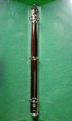carpeta plástica con gancho  de 3 aros de 1 1/2 transparente