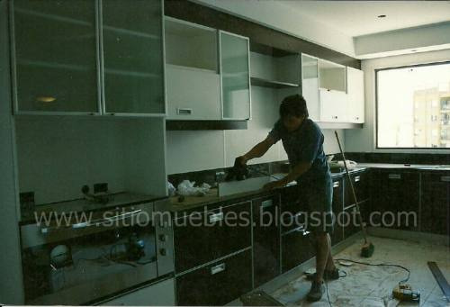 carpintería en melamina.cocinas,placards.muebles a medida.
