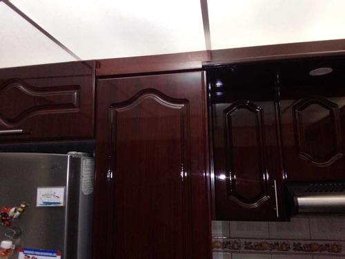carpintero ( arreglo de muebles de toda clase)
