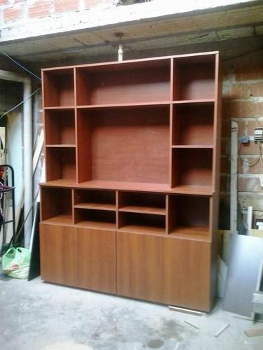 carpintero especialista en muebles a medida
