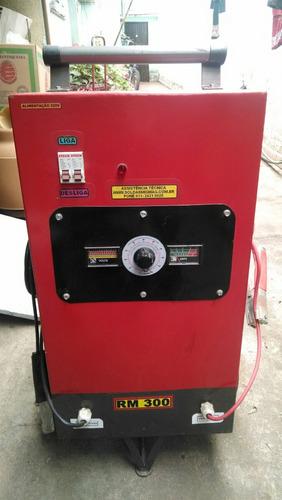 carregador de baterias e auxiliar de partida