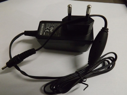 carregador para tablet saída 12v  1.5a (novo)