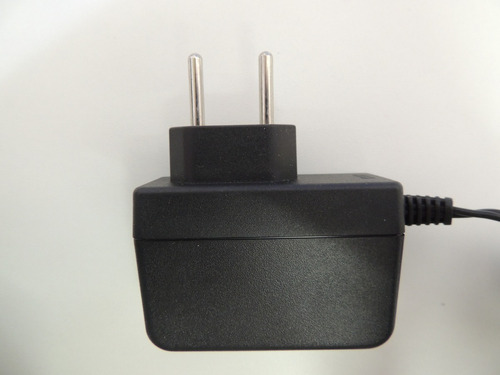 carregador tablet breeze mw0821 usado