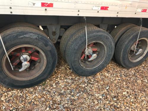 carreta bau randon 28 paletes com pneu!!! - 2001