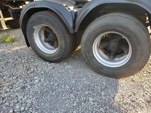 carreta bicacamba basculante randon ano 2012 com pneus