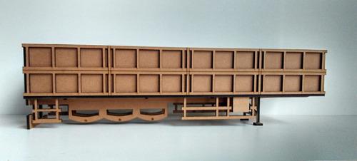carreta graneleiro em mdf- 1/32-desmontada s/ eixos