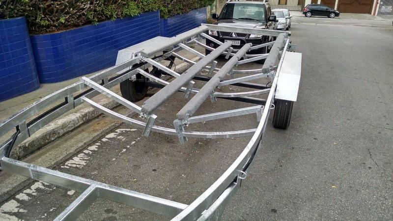 carreta lancha 22 a 26 pés freio 2t rodagem kombi