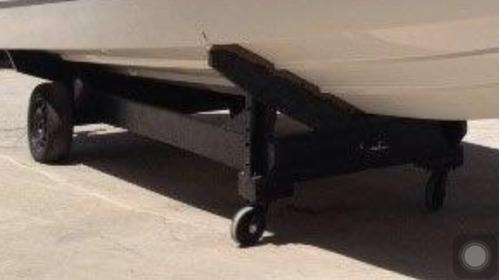 carreta p barco 24 pés, com pneus.