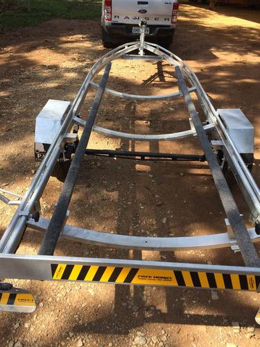 carreta rodoviária galvanizada para lancha de 17 pés