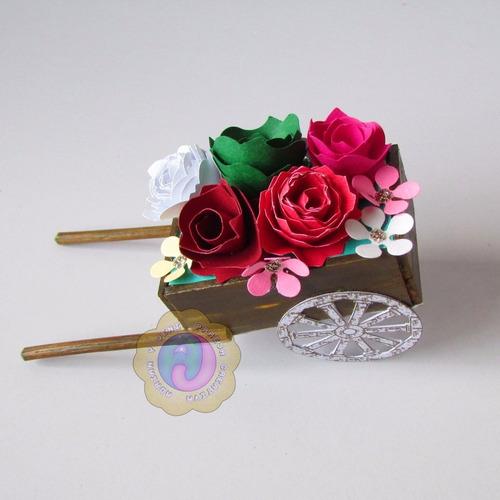 carretas de madera (decoración, recuerdos, regalos).