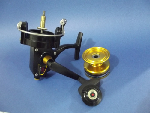carretel penn spinning 4500ss  made in usa. orig.salt water