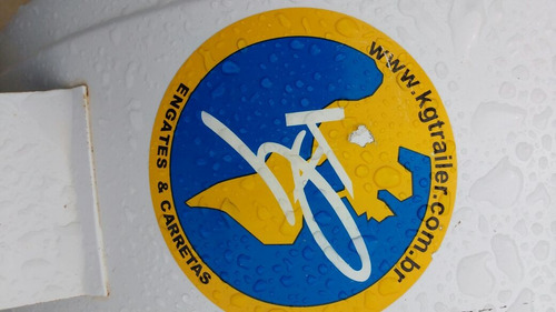 carretinha marca carmanguia capacidade de 3 motos