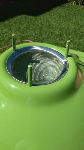 carrinho água de côco, com serpentina, furador e etc