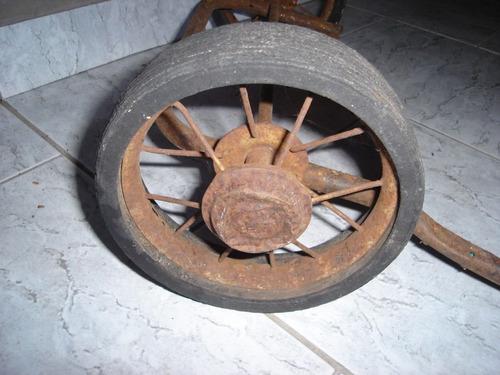 carrinho antigo de  criança  roda pp