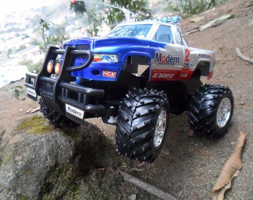 carrinho controle remoto recarregável caminhonete 4x4 pickup
