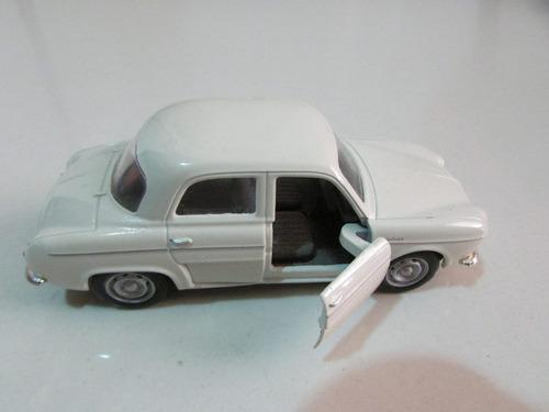 carrinho miniatura coleção ferro