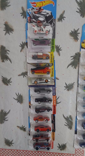 carrinhos hot wheels com 20 unidades! de 6 a 7cm !