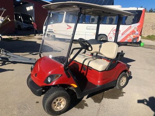 carrito de golf , aproximadamente 6 años , impecable poco us