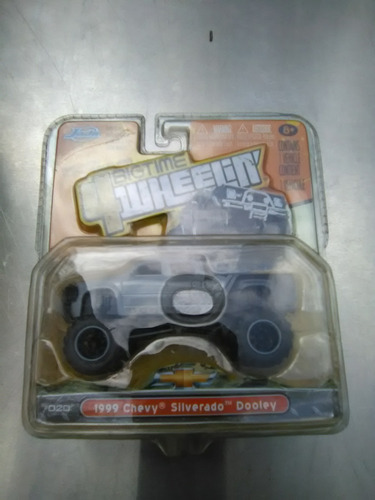 carritos monsters truck hotwheels y jada 1/64
