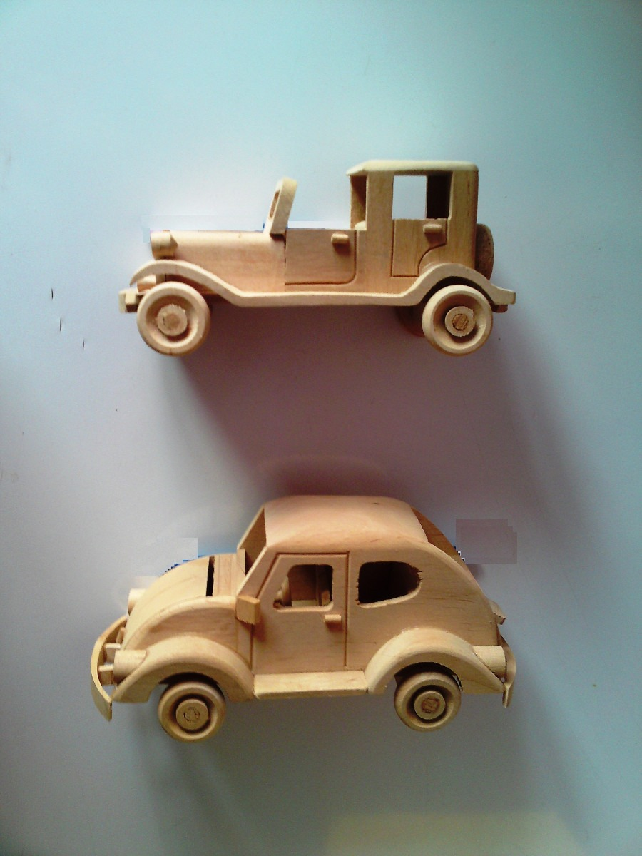 Carritos y motos de madera a escala artesanales tallados for Carritos de cocina de madera
