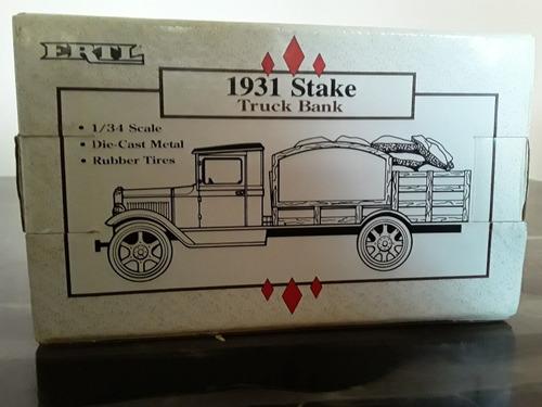 carro a escala 1/34  1931 stake truck bank