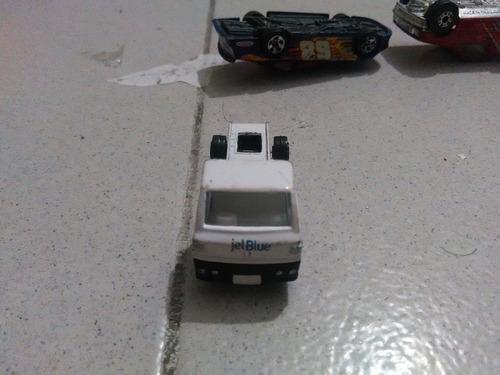 carro a escala camion sin marca