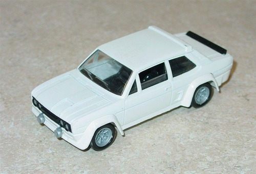 carro a escala marca solido fiat abarth 131 escala 1:43