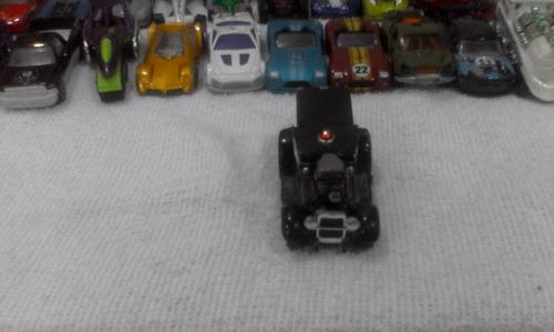 carro a escala monster machine police truck
