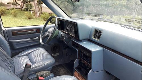 carro antigo chrysler