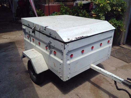 carro de arrastre blanco
