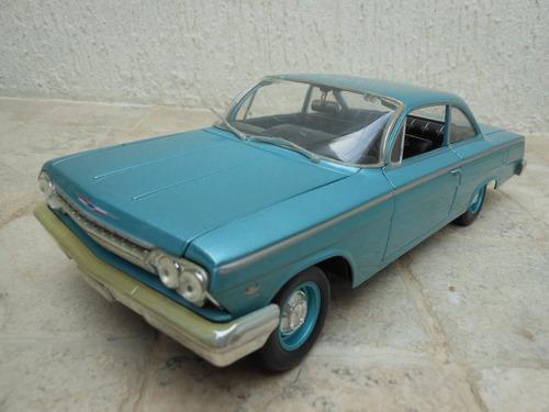 carro de coleccion maisto chevrolet belair 1962 escala 1/18