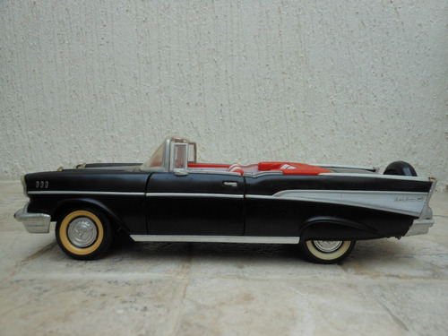 carro de coleccion road tough chevrolet belair 1957 esc 1/18