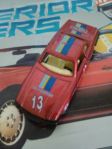carro de fricción rojo