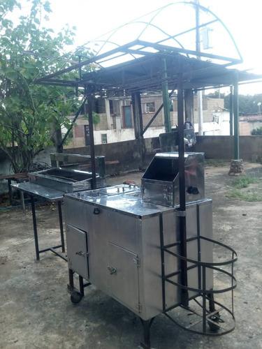 carro de perro caliente y hamburguesa con servidor